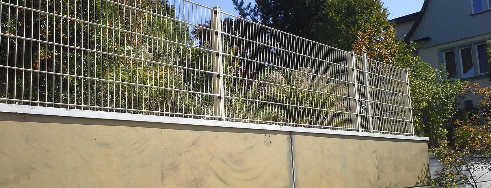 Zaun Belles Zaunbau Zaunmontage und Reperatur